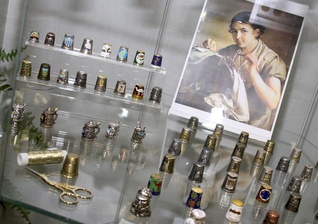 Часть коллекции наперстков Ирины Александровой.